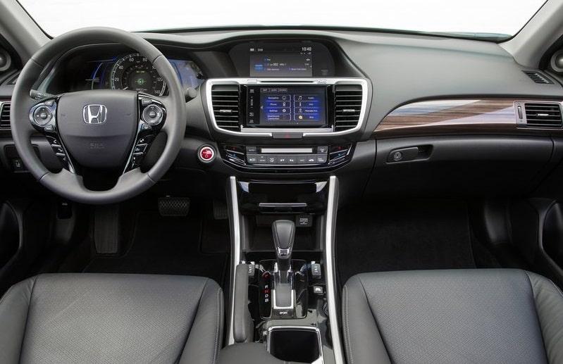 honda-accord_hybrid-2017-interior