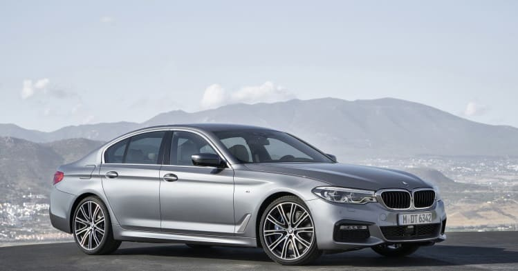 new bmw 5 series launched in india prices start at rs 49 9 lakh. Black Bedroom Furniture Sets. Home Design Ideas