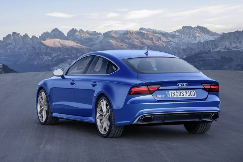 audi-rs7-performance-rear
