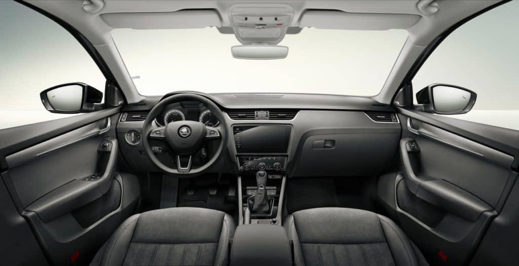 2017-Skoda-Octavia-facelift-interior-dashboard