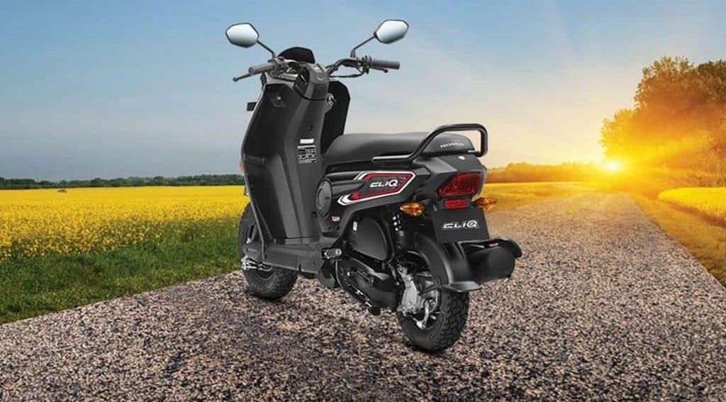 2017-Honda-Cliq-Rear-india-scooter
