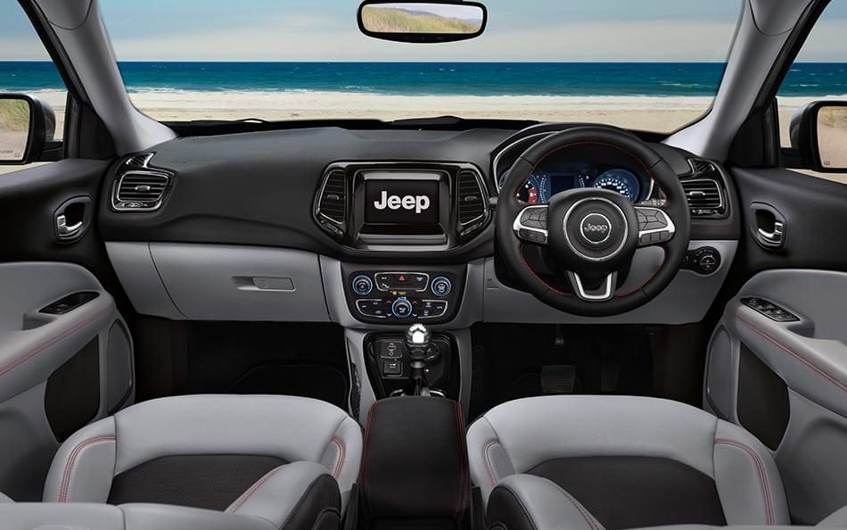 jeep-compass-interiors