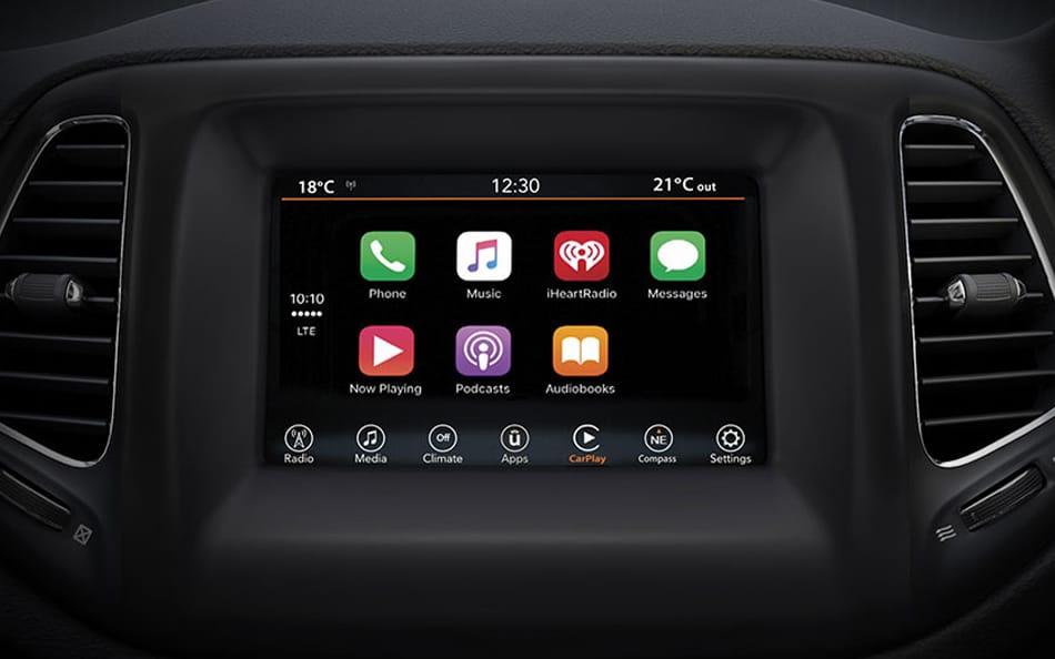 uconnect-jeep-compass-infotainment