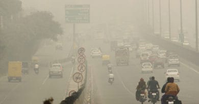 9 Tips for Driving Safely in Thick Fog