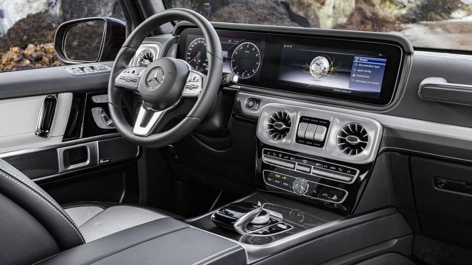 2019-new-mercedes-benz-g-wagon-g63-interior-dash